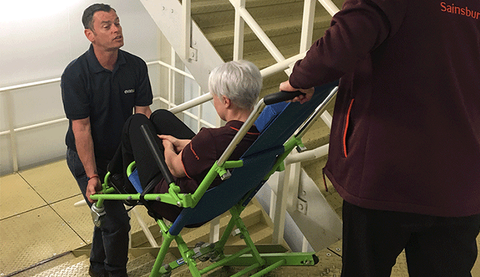 evacuation-chair-training-course-in-action